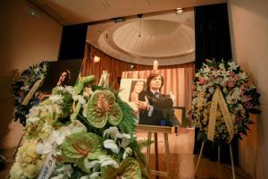Suspenden traslado de las cenizas de Camilo Sesto a su ciudad natal hasta lectura del testamento