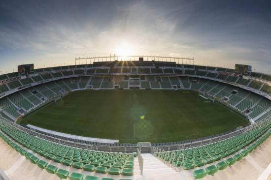 El estadio Martínez Valero de Elche aspira a ser sede del encuentro Argentina vs. Ecuador