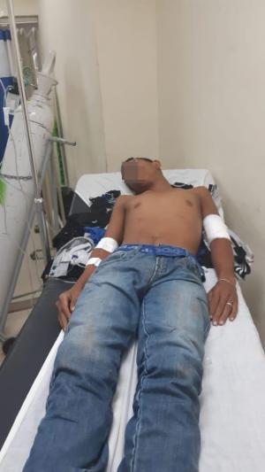 Dos heridos en cruce de balas