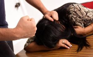 Cinco de cada diez mujeres manabitas son víctimas de violencia