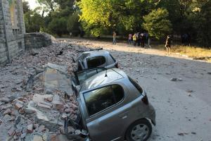 Al menos 108 heridos por los terremotos que sacuden la capital y la costa de Albania
