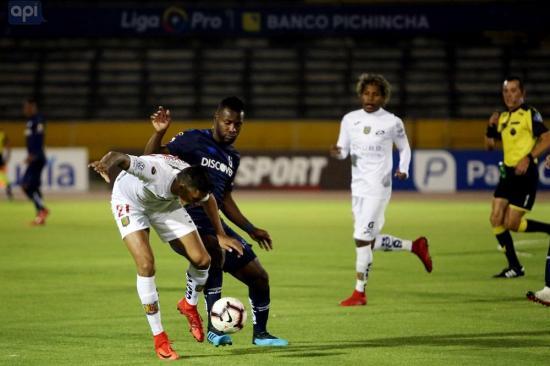 Universidad Católica cierra la jornada 26 con triunfo sobre Deportivo Cuenca (2-0)