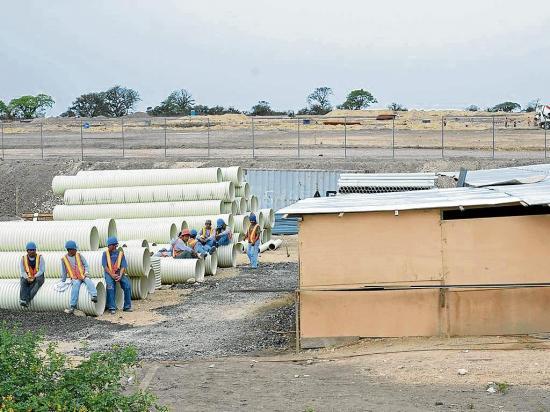 Rematan los bienes de la Refinería del Pacífico