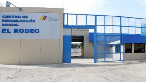 PORTOVIEJO: Tres funcionarios del centro de Rehabilitación Social El Rodeo fueron detenidos esta madrugada