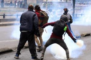 Quito pierde 300 millones de dólares diarios por protestas contra el Gobierno