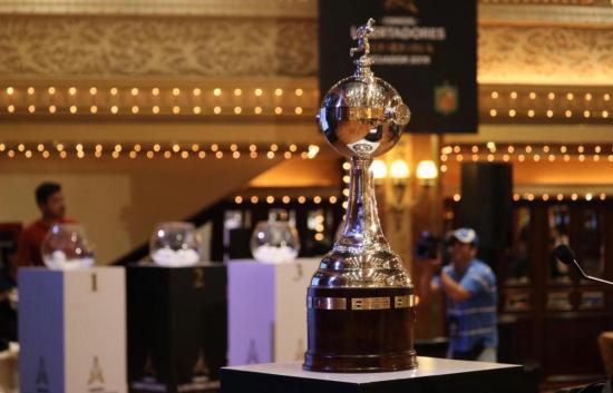 Copa Libertadores de fútbol femenino se baña de incertidumbre