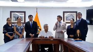 Presidente Lenín Moreno decreta toque de queda parcial en Ecuador