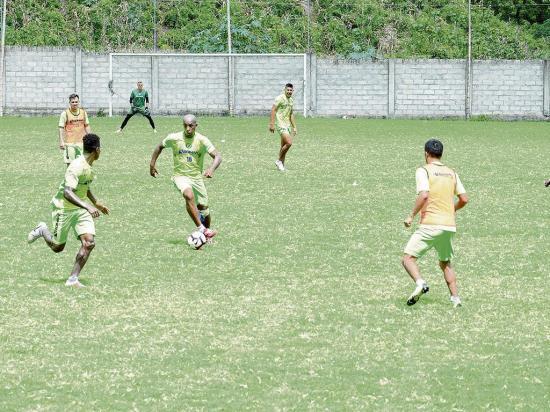 Liga de Portoviejo entrena en incertidumbre