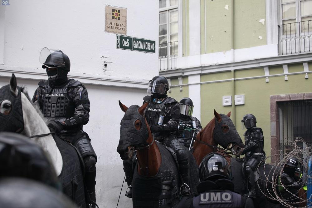 Protestas en Ecuador dejan cerca de 800 detenidos