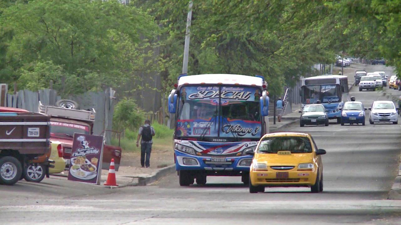 Buses retomarán sus actividades este jueves en Manta con nueva tarifa