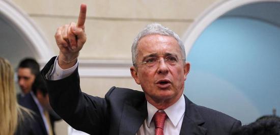 Álvaro Uribe, de acusador a acusado