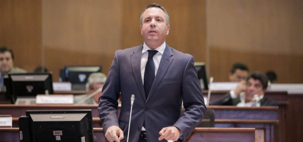 Asambleísta Celi pide a la Asamblea Nacional sesionar cuanto antes