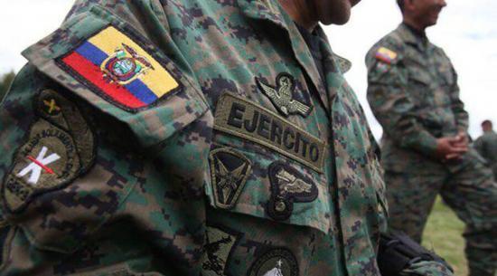 Fuerzas Armadas denuncia mal uso de uniforme militar