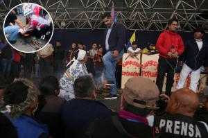 Periodista Freddy Paredes es agredido al salir de concentración indígena
