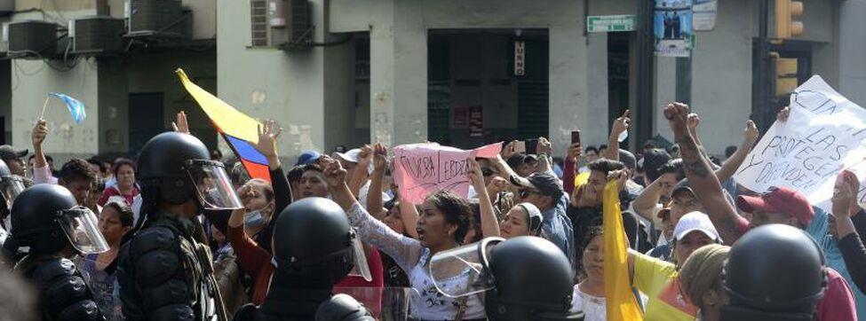 Indígenas llaman al Ejército a retirar el apoyo a Lenín Moreno ante crisis
