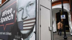 Assange permanecerá en prisión a la espera del juicio de extradición a EEUU
