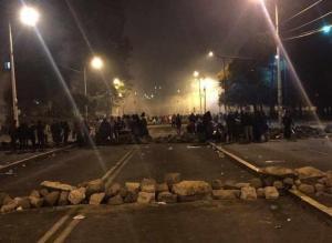 Denuncian abusos de represión a indígenas durante protesta nocturna en Quito