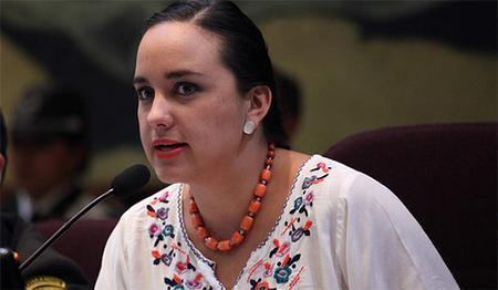 Sorpresa en Ecuador por petición de asilo a México de parlamentaria opositora