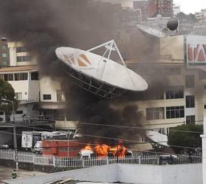 SIP rechaza ataques a medios de Ecuador en el marco de protestas por reformas