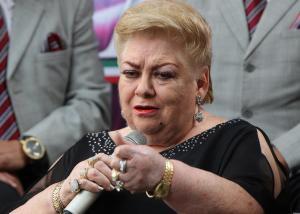 Paquita la de Barrio deja hospital y seguirá recuperación en su casa