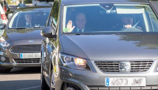 Los reyes Juan Carlos y Sofía asisten a la boda de Rafa Nadal