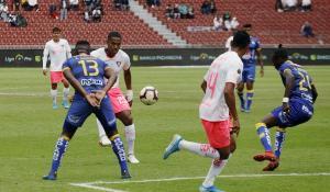 Liga de Quito y Delfín empataron 1-1 en el estadio Rodrigo Paz