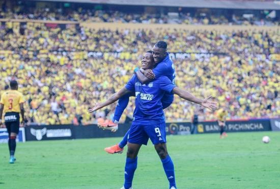 El Clásico del Astillero se pintó de azul: Emelec venció por 3-0 a Barcelona
