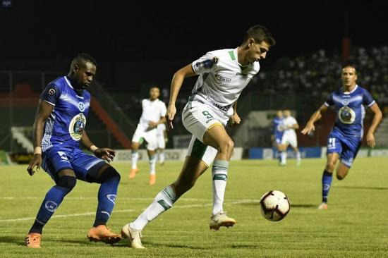 Liga de Portoviejo y Santa Rita empatan en el estadio 14 de Junio