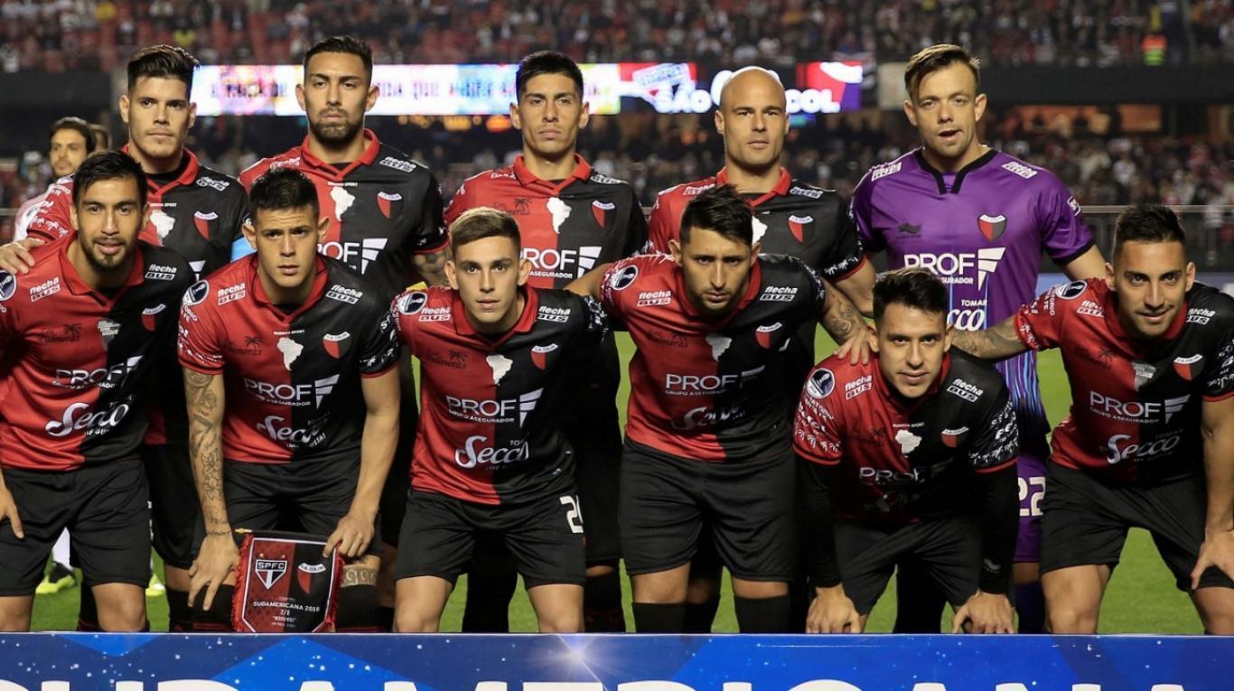 Colón: un equipo sin títulos que sueña con conquistar la Copa Sudamericana
