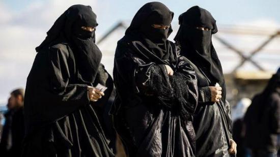 Detenidos cuatro supuestos miembros de Estado Islámico cuando intentaban escapar vestidos de mujer