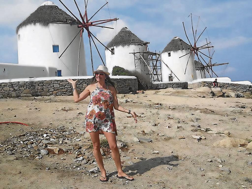 Playa y fiesta en la 'Ibiza' de Grecia