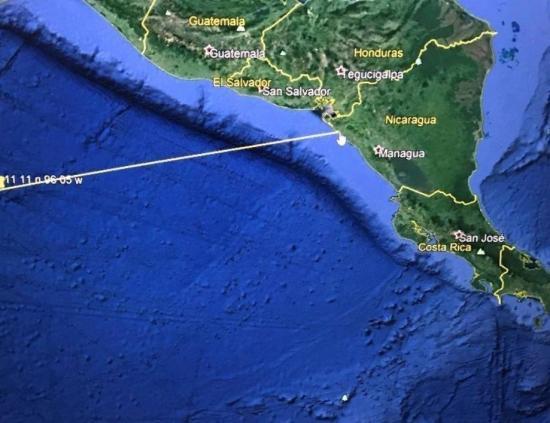 El presidente salvadoreño pide a la población desplazarse a zonas altas por riesgo de tsunami
