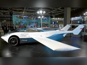 Presentan un auto volador