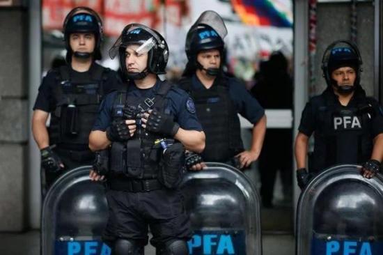 Detenidos 34 miembros del órgano electoral investigados por fraude en Bolivia