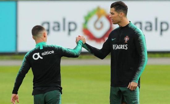 Cristiano Ronaldo aleja rumores al entrenarse con normalidad en Portugal
