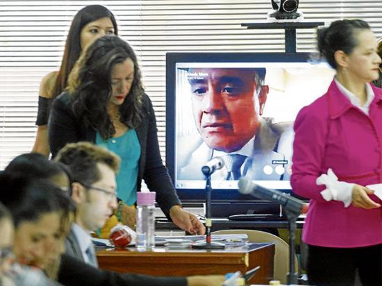 Fiscalía continua con la presentación de pruebas en el caso Sobornos