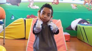 La lucha de David contra un raro Goliat, el único niño con SWH en Ecuador