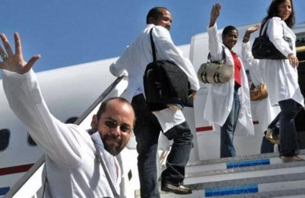Cuba asegura que no hubo uso indebido de pasaportes de médicos en Ecuador