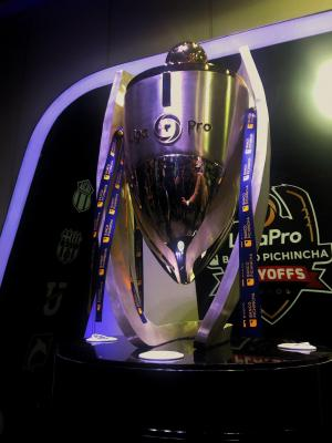 Presentan los trofeos para los ganadores de la edición 2019 de LigaPro