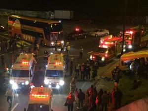 Un accidente de tránsito deja 19 heridos en el sector de Carapungo en Quito