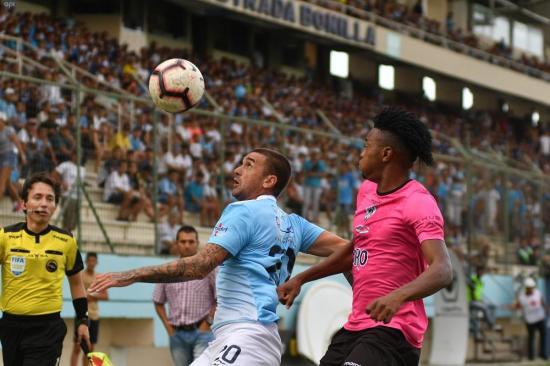 Manta FC e Independiente Juniors empatan 1-1 en la ida de play off