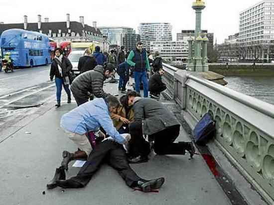 Dos muertos en un ataque con cuchillo en Londres
