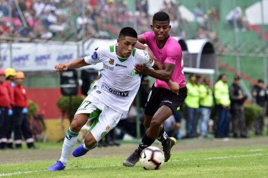 Árbitros FIFA para partido de Liga de Portoviejo con Independiente Juniors