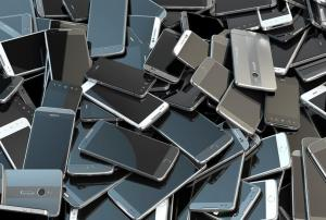Alargar dos años la vida útil de los celulares puede reducir en un 43 por ciento las emisiones de CO2