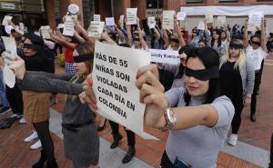Periodistas colombianas replican la coreografía de ''Un violador en tu camino''