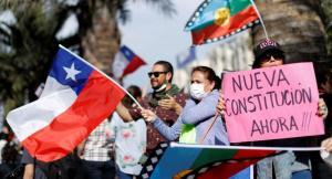 Chilenos cumplen 50 días de protestas: ''La presión a Piñera no puede parar''