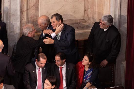Rafael Correa asistió a la investidura del nuevo presidente de Argentina Alberto Fernández