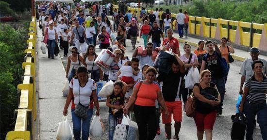 Maduro afirma que en Colombia ''exageran'' las cifras sobre los migrantes venezolanos