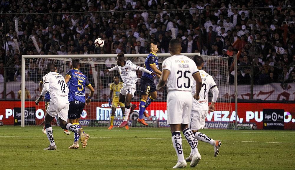 Delfín y Liga de Quito empatan sin goles en Casa Blanca