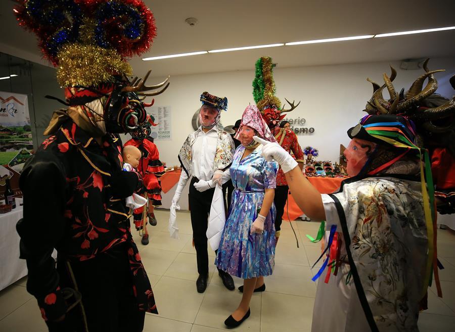 Cinco mil diablos se preparan en Ecuador para la ''Diablada'' de Píllaro